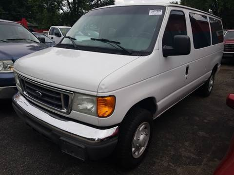 2005 Ford E-Series Wagon for sale in Columbus, OH