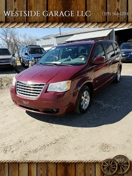 2008 Chrysler Town and Country for sale in Donnellson, IA