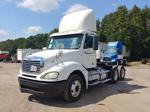 2009 Freightliner Columbia 120 for sale in Pensacola, FL