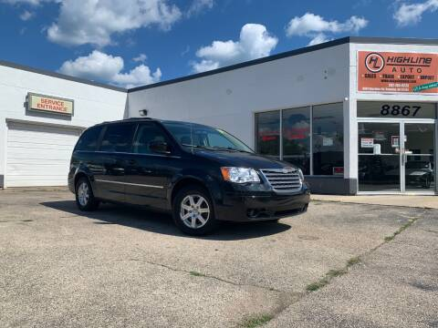 2009 Chrysler Town and Country for sale at HIGHLINE AUTO LLC in Kenosha WI