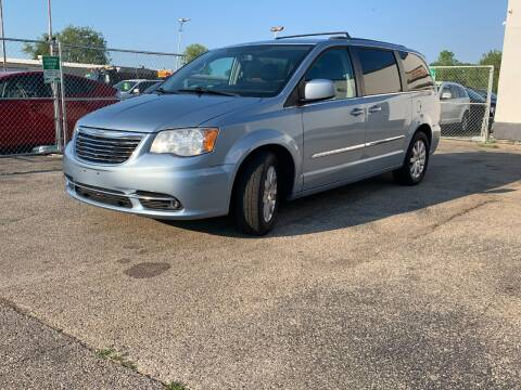 2013 Chrysler Town and Country for sale at HIGHLINE AUTO LLC in Kenosha WI