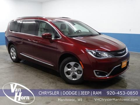 2017 Chrysler Pacifica for sale in Manitowoc, WI