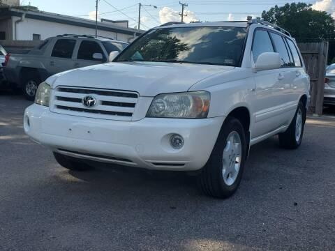 2005 Toyota Highlander for sale at Wheel Deal Auto Sales LLC in Norfolk VA