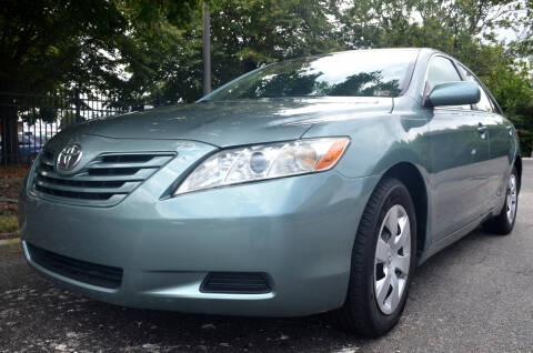 2007 Toyota Camry for sale at Wheel Deal Auto Sales LLC in Norfolk VA