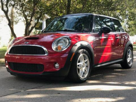 2009 MINI Cooper for sale at Wheel Deal Auto Sales LLC in Norfolk VA