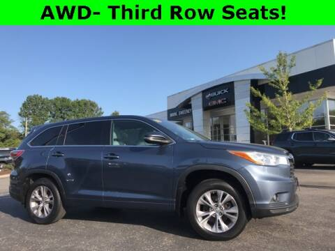 2014 Toyota Highlander for sale at Mark Sweeney Buick GMC in Cincinnati OH