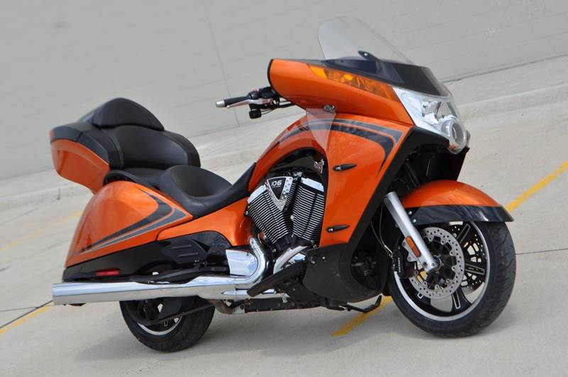 2014 Victory Vision Tour Nuclear Sunset