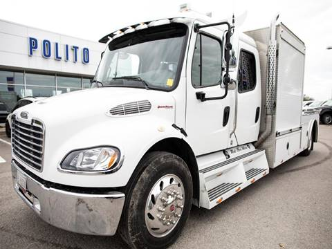 2005 Freightliner M2 106 for sale at POLITO FORD LINCOLN in Lindsay ON