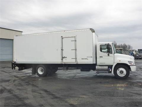 2016 Hino 268A for sale in Middletown, CT