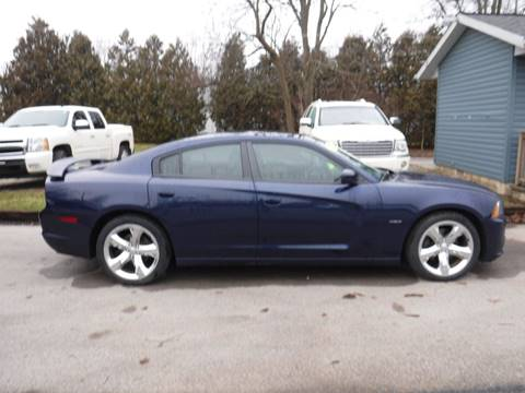2013 Dodge Charger for sale at Dave's Car Corner in Hartford City IN
