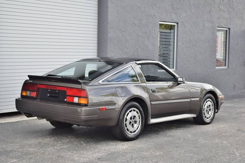 1986 Nissan 300ZX (image 9)