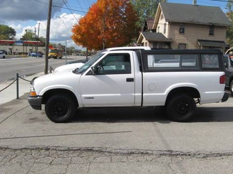 2002 Chevrolet S-10 for sale in Warren, OH