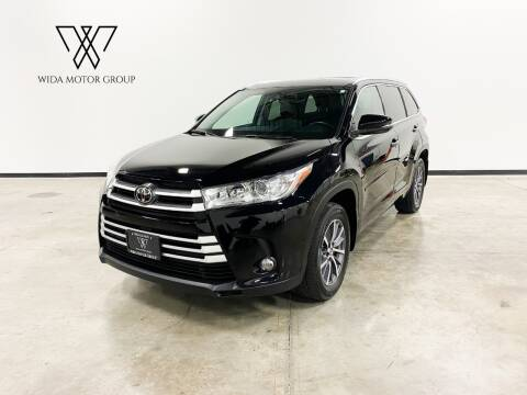 2017 Toyota Highlander for sale at Wida Motor Group in Bolingbrook IL