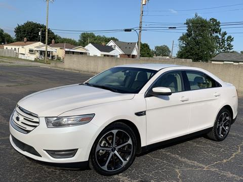 2016 Ford Taurus for sale in Melvindale, MI