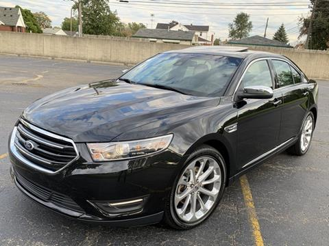 2015 Ford Taurus for sale in Melvindale, MI
