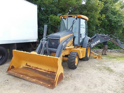 2011 John Deere 310J for sale at ABC AUTO LLC in Willimantic CT