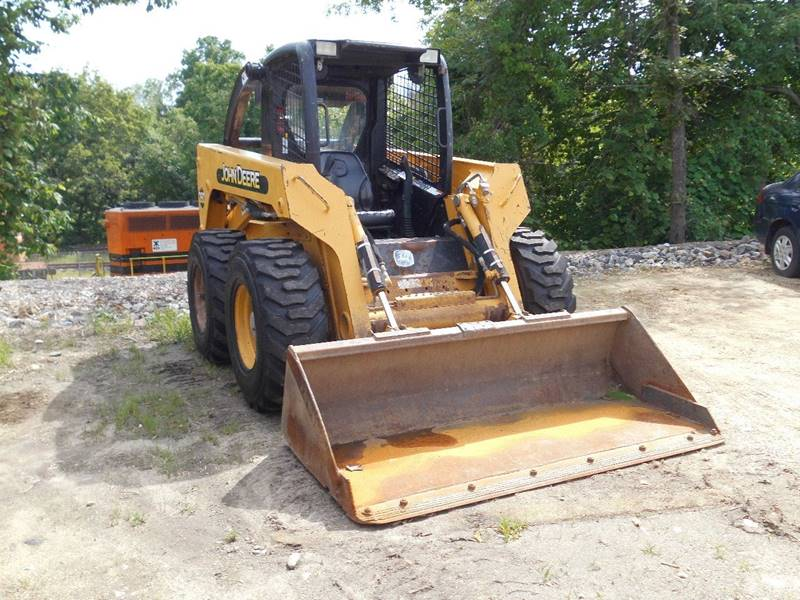2003 John Deere 260 for sale at ABC AUTO LLC in Willimantic CT