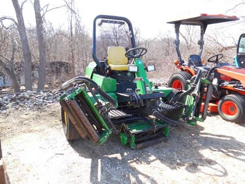 2001 John Deere 3225B for sale at ABC AUTO LLC in Willimantic CT