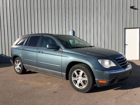 2007 Chrysler Pacifica for sale at DUBS AUTO LLC in Clearfield UT
