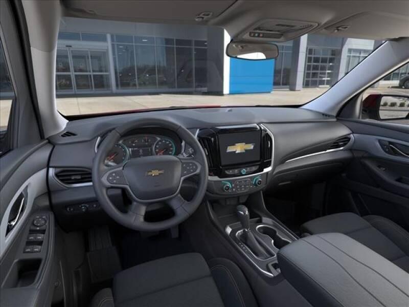 2020 Chevrolet Traverse LT Cloth (image 10)