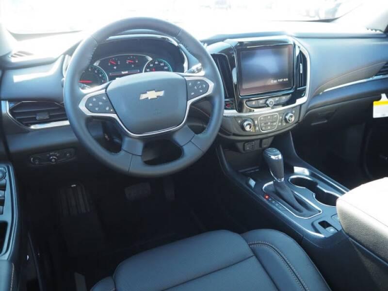 2020 Chevrolet Traverse Premier (image 8)