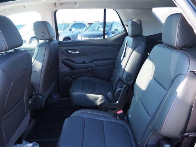 2020 Chevrolet Traverse Premier (image 6)