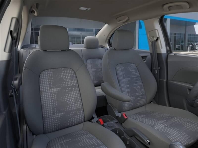 2020 Chevrolet Sonic LS (image 12)
