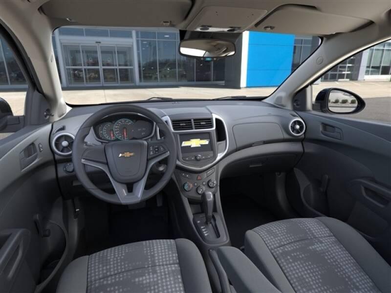 2020 Chevrolet Sonic LS (image 11)