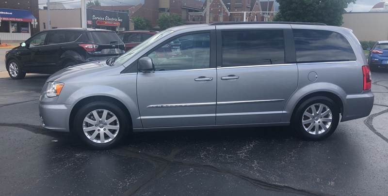 2013 Chrysler Town and Country for sale at N & J Auto Sales in Warsaw IN