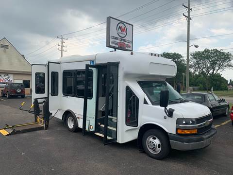 2013 Chevrolet Express Cutaway for sale in Dearborn Heights, MI