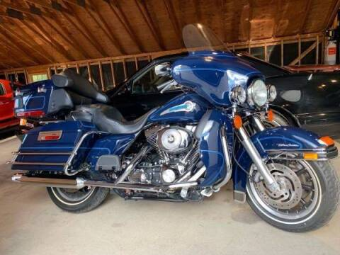2004 Harley-Davidson ultra classic Peace maker spec for sale at The Car Store in Milford MA