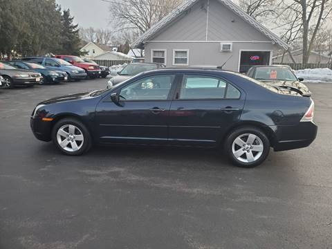 2009 Ford Fusion V6 SE for sale at Deals on Wheels in Oshkosh WI