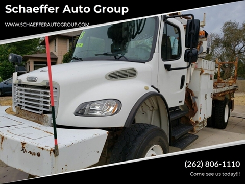 2005 Freightliner M2 106 for sale in Walworth, WI