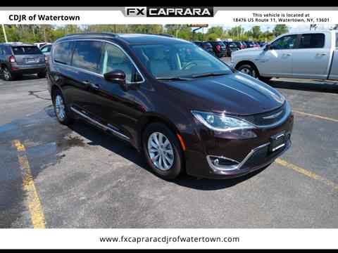 2017 Chrysler Pacifica for sale in Watertown, NY
