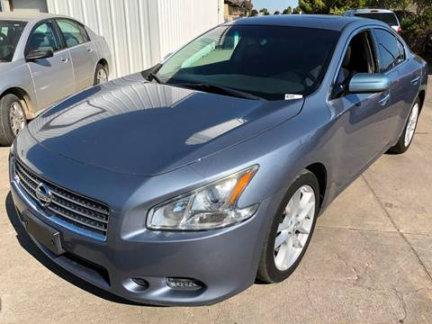 2011 Nissan Maxima 3.5 S for sale at Ideal Car Sales in Los Banos CA