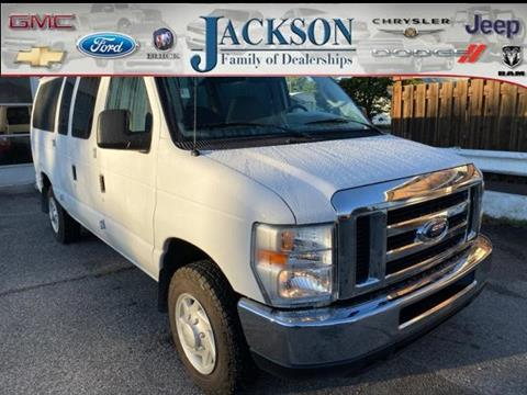 2008 Ford E-Series Wagon for sale in Clinton, IN