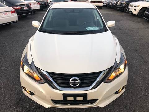 2016 Nissan Altima for sale at Trimax Auto Group in Baltimore MD