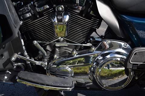 2020 Harley-Davidson Tri Glide Ultra-FLHCTUTG