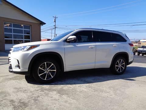 2017 Toyota Highlander for sale in Crossville, TN