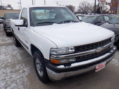2000 Chevrolet Silverado 2500 for sale in Des Moines, IA