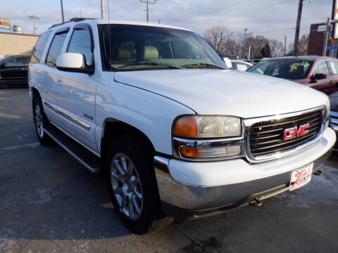 2002 GMC Yukon for sale in Des Moines, IA