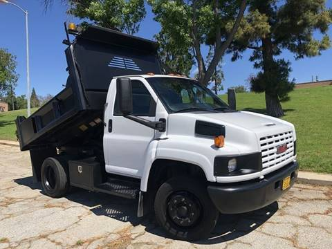 2006 GMC C5500 for sale in North Hills, CA