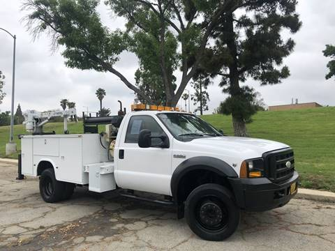 2005 Ford F-550 Super Duty for sale in North Hills, CA