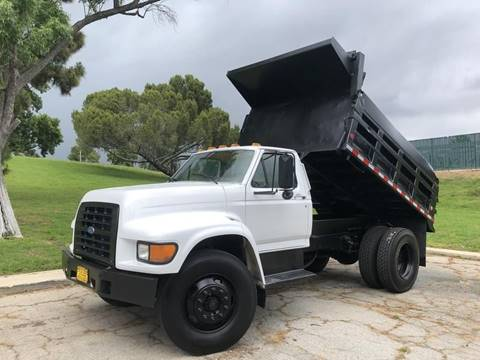 1997 Ford F-800 for sale in North Hills, CA