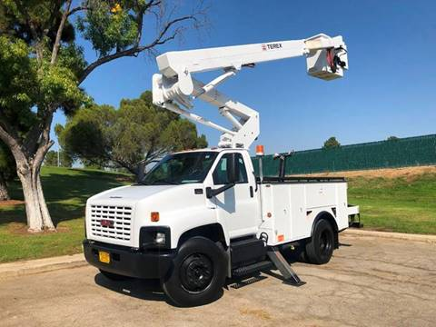 2008 GMC C7500 for sale in North Hills, CA