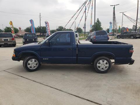 2000 Chevrolet S-10 for sale in Houston, TX