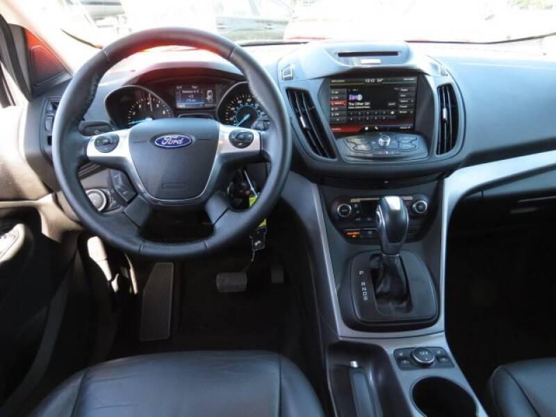 2015 Ford Escape SE (image 11)