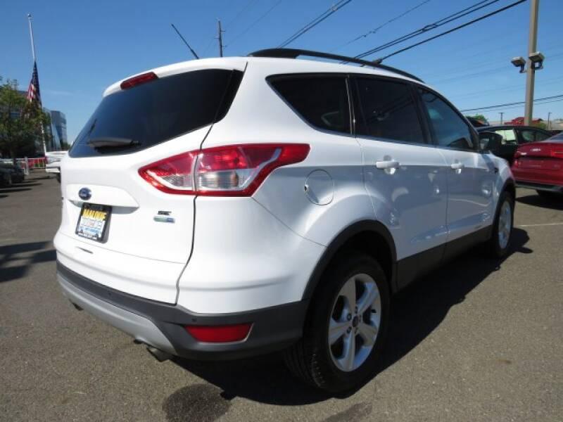 2015 Ford Escape SE (image 6)