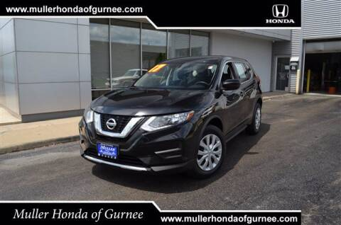 2017 Nissan Rogue for sale at RDM CAR BUYING EXPERIENCE in Gurnee IL