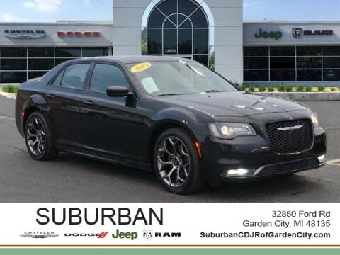 2015 Chrysler 300 for sale in Garden City, MI